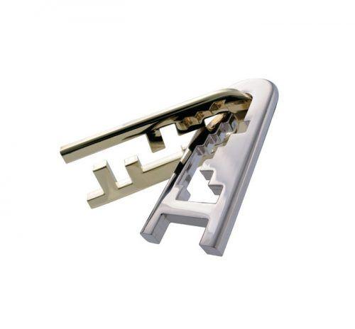 huzzle cast Keyhole