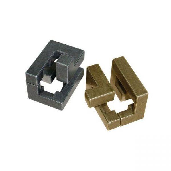 huzzle-cast-coil