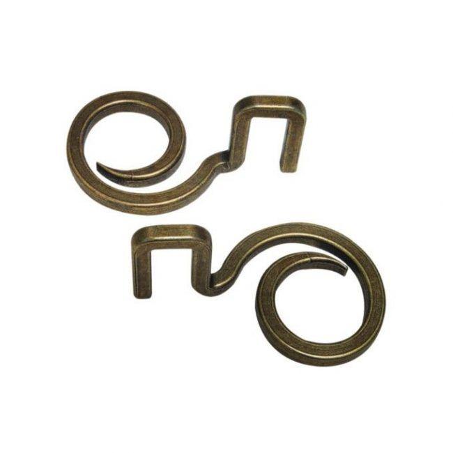huzzle-cast-hook
