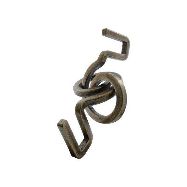huzzle cast hook